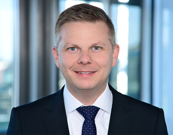 Portrait of Alexander Eggert, Managing Director Warburg-HIH Invest
