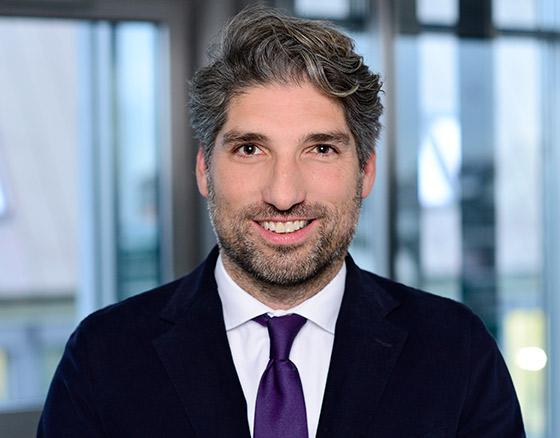Matthias Brodeßer - Head of Transaction Management International